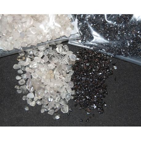 Bergkristal en hematiet set voor het op-en ontladen van uw edelstenen. 100 gram van ieder.